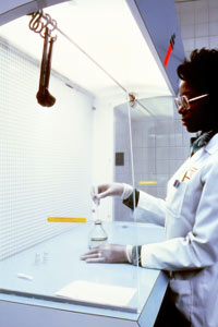 Laboratory worker. Image copyright National Institutes of Health